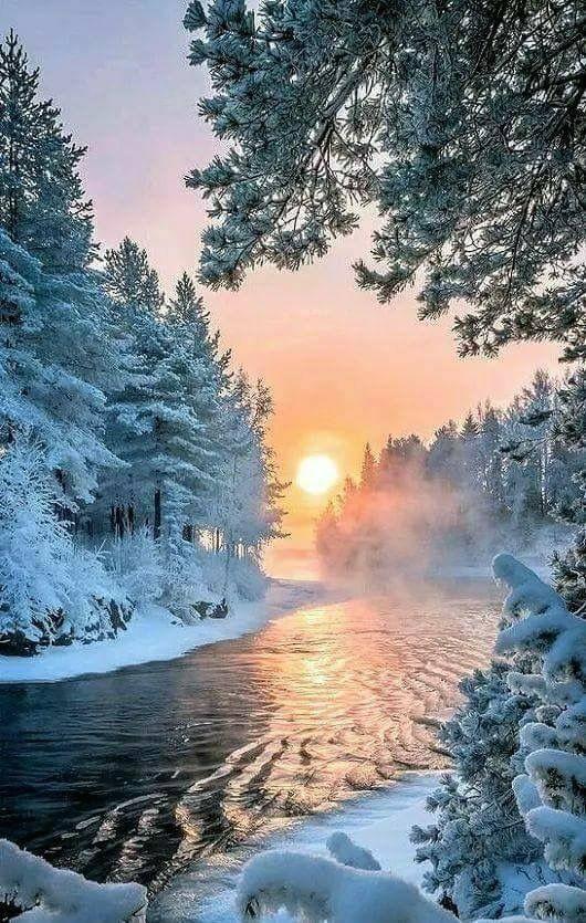 Um maravilhoso amanhecer.  Visual FANTÁSTICO.