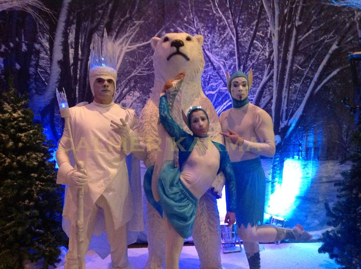 WINTER WONDERLAND THEMED ENTERTAINERS TO HIRE -    Winter Wonderland acrobatic elfs  to hire  http://www.calmerkarma.org.uk/winter-wonderland.htm    Perfect for corporate Christmas parties.   Hire across the UK inc MANCHESTER, LONDON, Cheshire, BIRMINGHAM, CARDIFF, Bristol