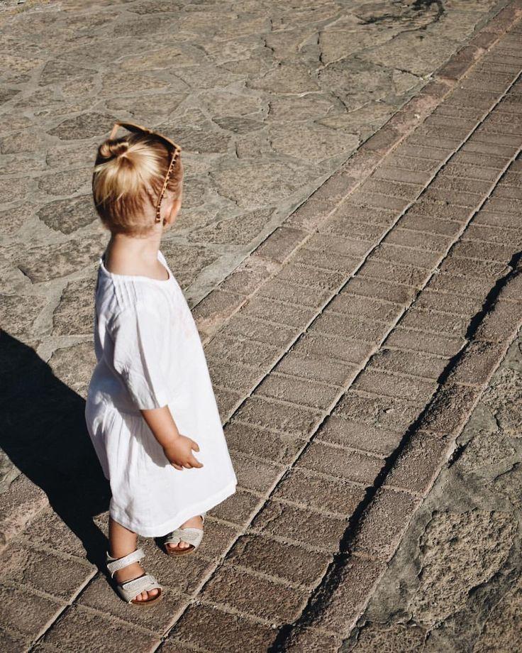 """185 Synes godt om, 3 kommentarer – Camilla Guldbrandt ⚓️🌾 (@camillaguldbrandt) på Instagram: """"Klar til en dag på stranden 🏖 #strandklar #ferie #laderbatterierneop #samos #grækenland #bisgaard…"""""""