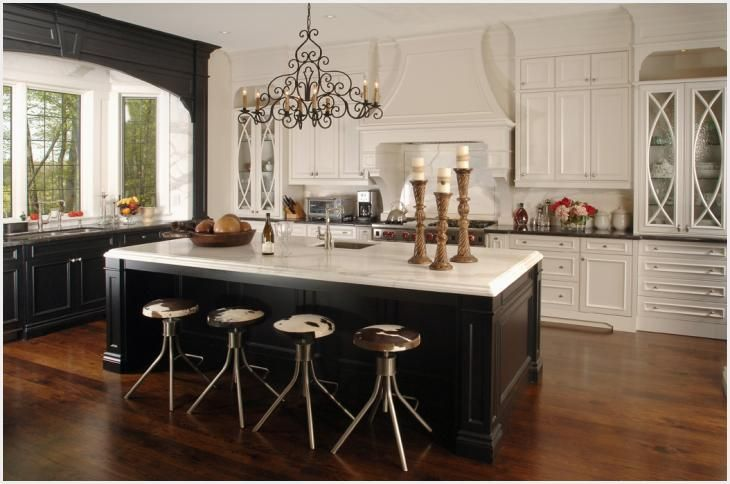 Quality Kitchen Cabinets Wood, Custom Kitchen Cabinets In Mississauga