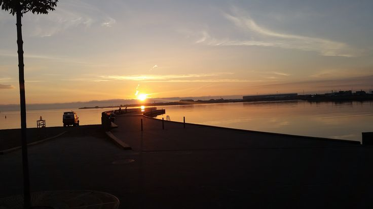 Another sunrise we can't help but share with you. You are welcome to let us know what you think of our day with Joanna.