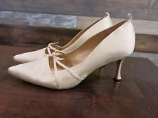 Manolo Blahnik Women's Ivory White Satin Wedding Bridal Heels Shoes 39