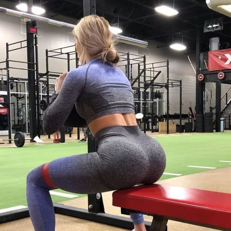 It's a beautiful day to be alive!! And an even better day to demolish some legs and glooootes ☠️ here's a few from today. Remember I post complete workouts on my YouTube so click the link in my bio and subscribe wooop 1️⃣ 4 sets of 8 | banded squats with a side step wow spicy way to switch things up I enjoyed this 2️⃣ superset | 3 sets of 8 | banded 3/4th squat with a butt TAP to 3/4th squat to complete sit 4️⃣ 3 sets of 8 each leg | sumo squat to split stance RDL. 1 leg stays straight w...
