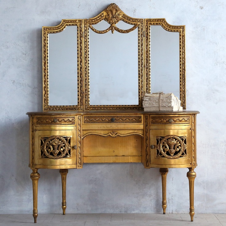 vintage vanity desk with mirror. 231 best Vintage Vanity images on Pinterest  Antique vanity Dresser and Furniture
