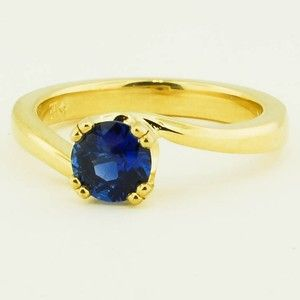 18K Yellow Gold Sapphire Seacrest Ring – Set with a 5.5mm Round Blue Sri Lanka S…