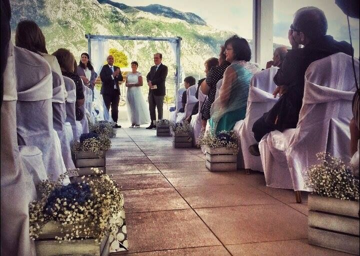 Events & Weddings in Blu! With the Horizon Blu quality seal.