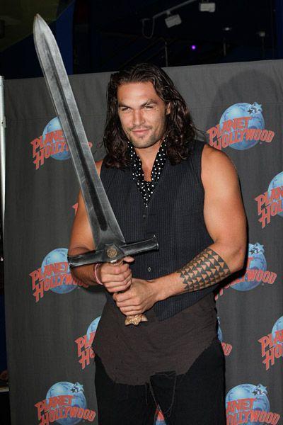 "jason momoa   Jason Momoa promoted "" Conan the Barbarian "" with a hand print ..."