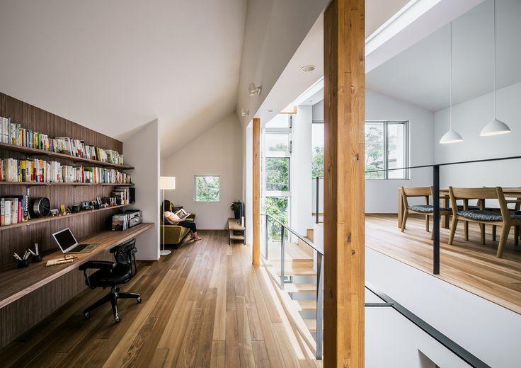 株式会社seki.design の モダンな リビングルーム クレバスハウス <空間のズレ>が生みだす快適な生活