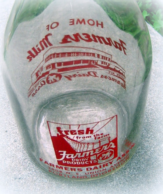 Vintage Farmers Dairy Milk Bottle with Red by sixpencebluemoon, $15.75