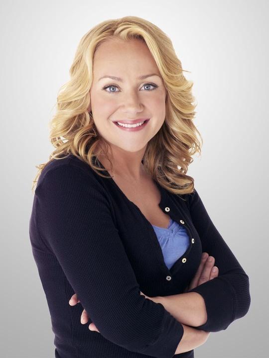 Nicole Sullivan SHE... Has a very distinct voice haha