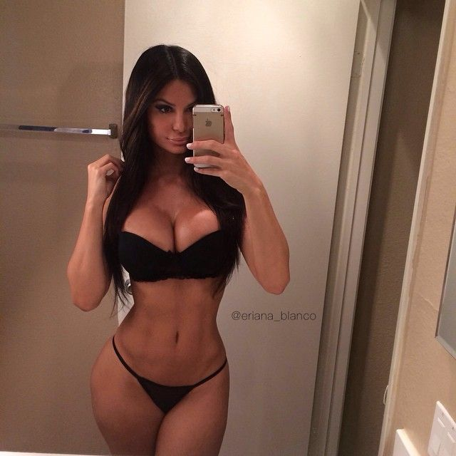 Trimmed pussy fitness model porn star