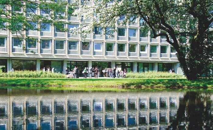 Das Standesamt Hamburg Eimsbuttel Am Grindelberg Ist Immer Offen Fur Vorschlage Individueller Trauorte Hamburg Eimsbuttel Hamburg Standesamt