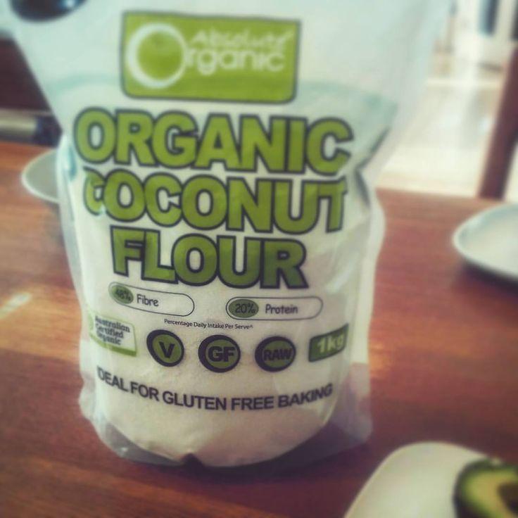 コストコにてココナッツパウダー購入。 何に使おうかクッキーでも作ろうか♪ #Workout#chestday #trisepsday #protein #coconut #筋トレ#胸と三頭筋 #プロテイン