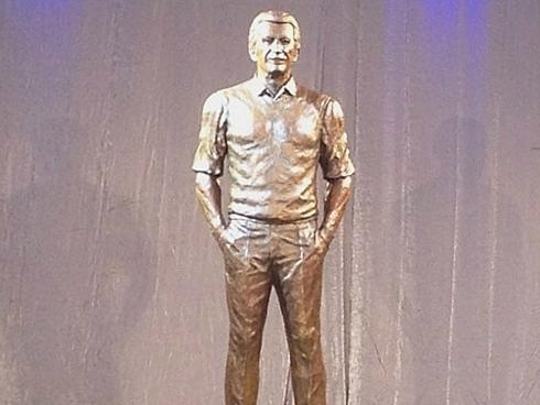 Statue of Bob Uecker, voice for Milwaukee Brewers games for over 40 years.