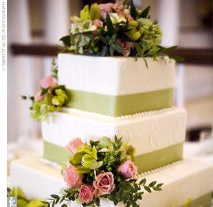Square Green Wedding Cake: Squares Cakes, Cakes Ideas, Green Ribbons, White On White, Colors, White Monograms, Wedding Cakes, Fresh Flowers, Cakes Flowers