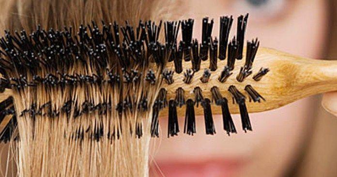 Návod, jak vyčistit kartáč na vlasy