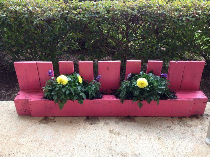 Best 25+ Pallet Flower Box Ideas On Pinterest