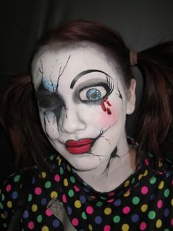 Crazy halloween doll makeup, someone be this so I can paint your face!