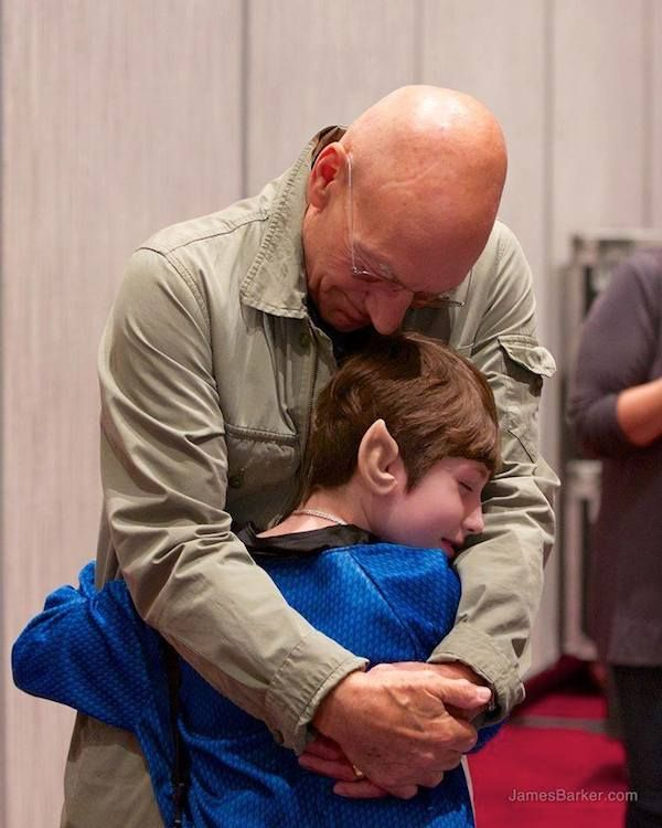 Patrick Stewart Made A Young Star Trek Fan's Dream Come True In The Best Way - Click through for more.