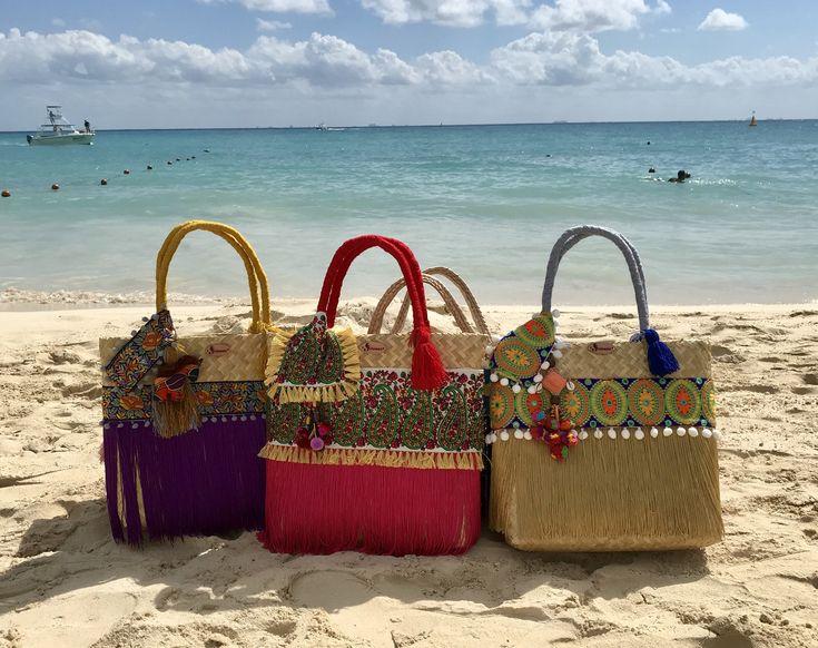Quiero compartir lo último que he añadido a mi tienda de #etsy: Bolsa Artesanal Sirenas, Mexican craft bag, handmade, straw basket, boho, tote, shoulder bag, crochet bag #bolsosymonederos #playa #vacaciones #mujer #compras #bolsas #bolso #juvenil #semanasanta