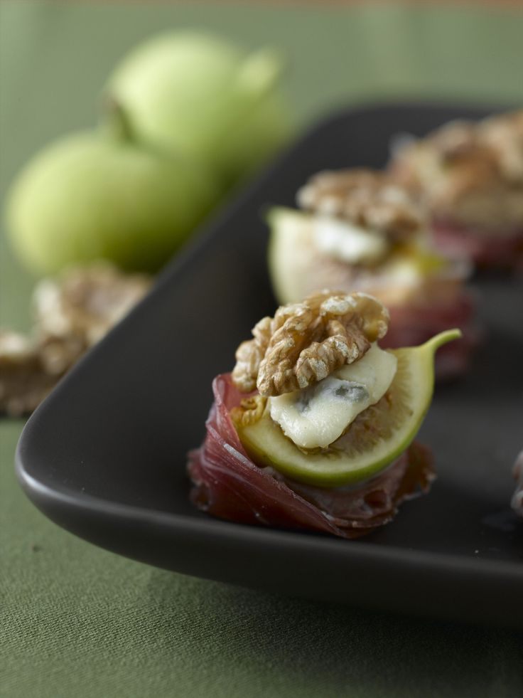 fig and walnut amuse bouche recipe read more prosciutto and figs. Black Bedroom Furniture Sets. Home Design Ideas