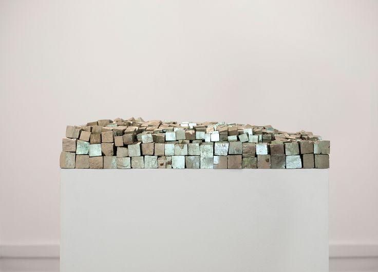 Foundation, 2013 de Mel O'Callaghan na Galeria Belo-Galsterer