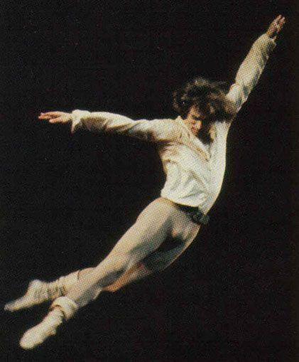 Rudolf Nureyev - O bailarino que revolucionou o papel do homem na dança