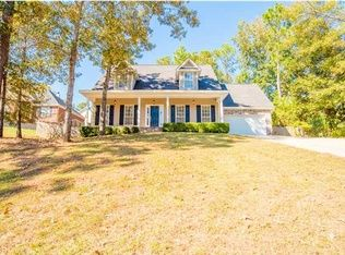 View 21 photos of this $215,900, 4 bed, 3.0 bath, 2350 sqft single family home located at 77 Caisson Trce, Spanish Fort, AL 36527 built in 2004. MLS # 526369.
