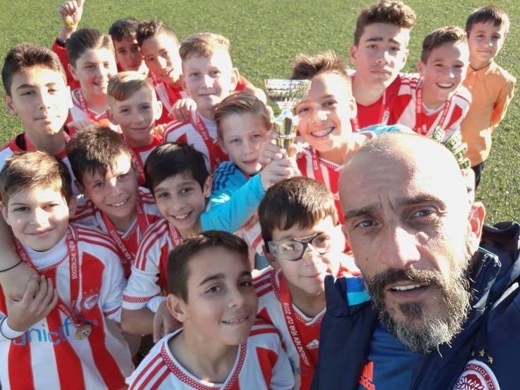 """George Adamos   Τίποτα δεν θα αφήσω να στερήσει αυτό το χαμόγελο από αυτά τα προσωπάκια!!!! Θέλει ποδοσφαιρική """"μαγκιά """" να γυρίσεις 0:1 Σε 3:1 Σε έναν τελικό ..!!! ΜΠΡΆΒΟ ΣΑΣ"""