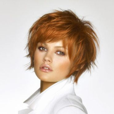 Coupes de cheveux : 15 idées pour cheveux courts : Coupe courte Saint Algue - Beauté Plurielles.fr