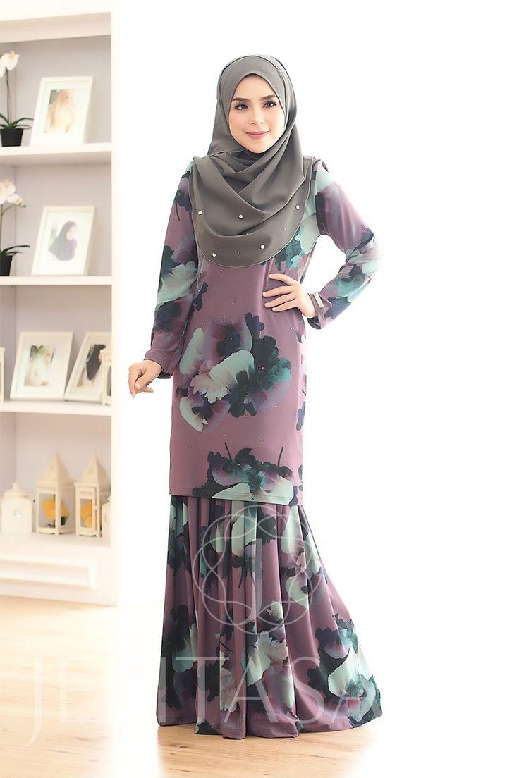 http://www.jelitasara.com/onlineshop/dress-gallery/1052-kurung-melati.html