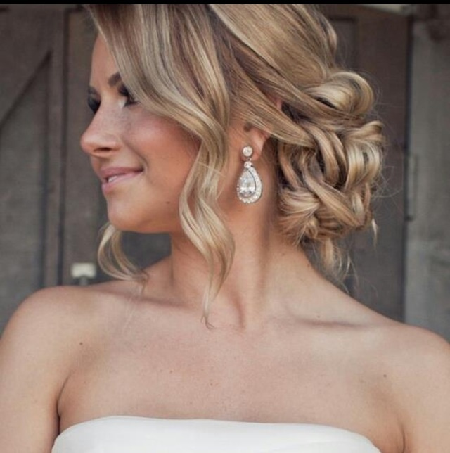 Hairstyles For Weddings Pinterest: Stunning Loose,soft ,romantic Updo.
