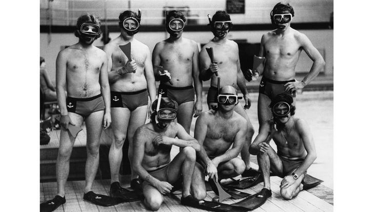 6th October 1977: The England Octopush or Underwater hockey team. (Mike Lawn/Evening Standard/Getty Images)
