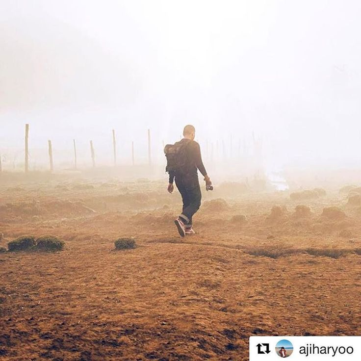 After a timejump Mr. @ajiharyoo sweep his feet through the mist. He got everything he need to survive all the possible post apocalyptic scenarios and got a tough and dependable backpack on his back.  #orbitgear #orbitfaction