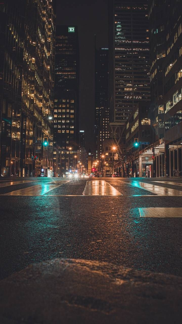 City Streets Meteor Falling Iphone Wallpaper Iphone Wallpapers Iphone Wallpapers City Lights Wallpaper City Lights At Night Night City
