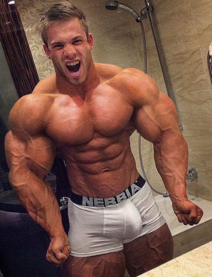 Gay massive bodybuilder