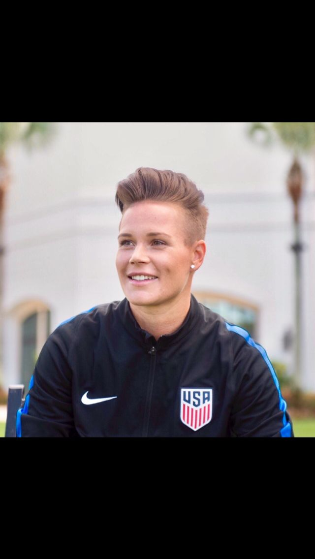 Ashlynn Harris Soccer Hair Usa Soccer Women Short Hair Tomboy