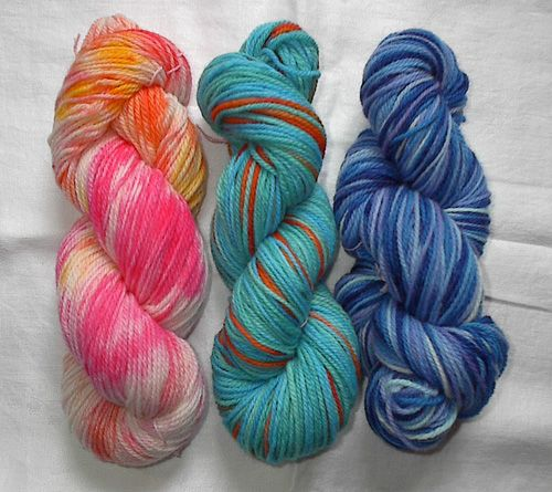 HOW TO - Handpaint Your Own Yarn