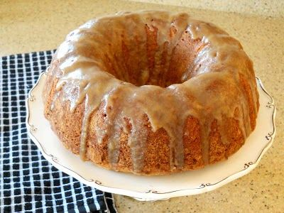 Apple spice cake, Brown sugar glaze and Spice cake on Pinterest