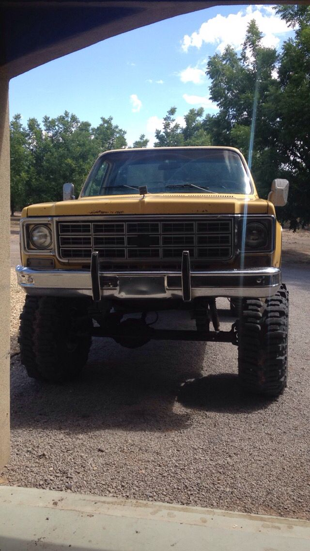 Chevy 0 60 >> 1977 Chevy K10 4x4 8 inch lift with 38.5 inch boggers swapped with dana 60 350 | lifted trucks ...