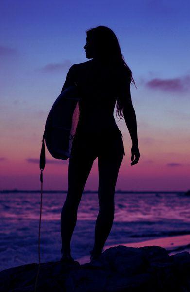 www.lapetitecamera.com Venez découvrir tous les accessoires nécessaires à votre GoPro Livraison gratuite Time for a quick surf Www.Watersportsforfun.Com