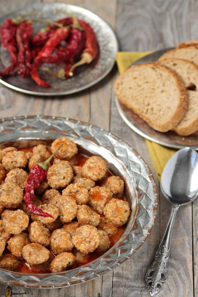Doğu Anadolu'nun en özgün mutfak kültürlerinden birine sahip olan Elazığ, özellikle Harput yemekleri ile haklı bir üne sahiptir. Yörenin binlerce yıldır...