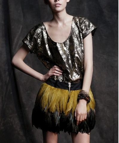 Heimstone SS12, feather skirt