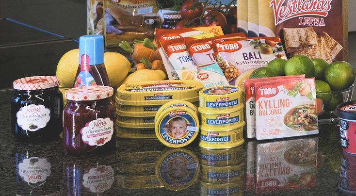 Her er ekspertenes råd om hvor lenge mat merket med «Best før» holder etter utløpsdatoen. Flere undersøkelser viser at mange nordmenn ikke er klar over forskjellen på «Best før» og «Siste forbruksdag». Det fører til at vi kaster unødvendig mye mat....