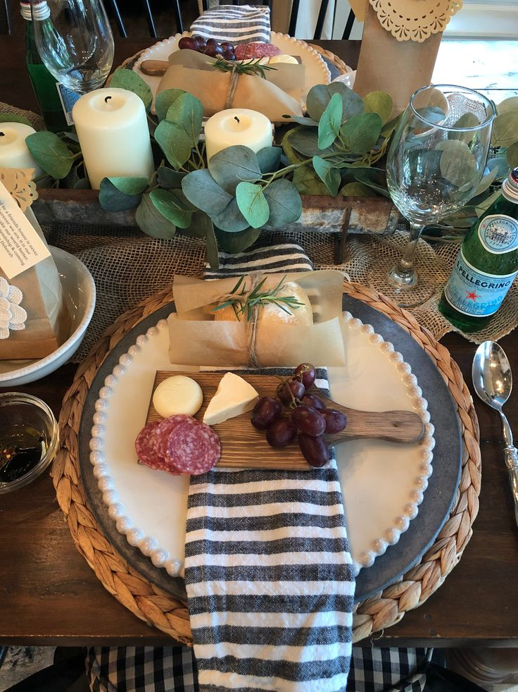 Ideas for an easy and beautiful dinner party. Simp…