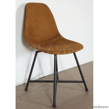 PR Interiors Oslo vintage design stoel in Italiaans leer en zwartstalen onderstel