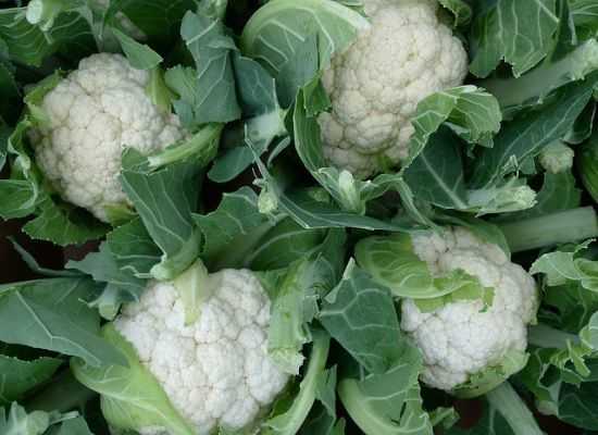 As a member of the cruciferous vegetable family, the humble cauliflower packs as much of a nutritional punch as its cousins kale, broccoli and cabbage. Cauliflower blossoms with phytonutrients and antioxidants, giving your natural detox system a flavorful kick start. Its unique texture and ability to absorb flavor makes it one of the most flexible vegetables, serving as a nutritious main course or a handy substitute in gluten-free and low-carb dishes, and even desserts