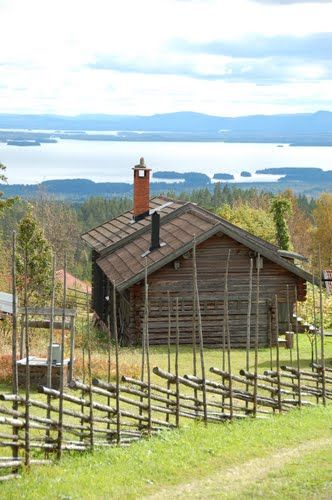 Fencing, stuga & Lake Siljan in the distance: Dalarna... Dalecarlia... Sweden