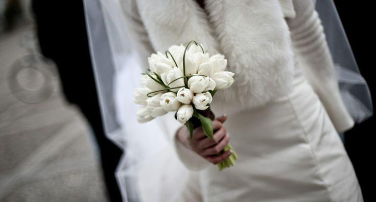www.italianfelicity.com #bride #bouquet #tulips