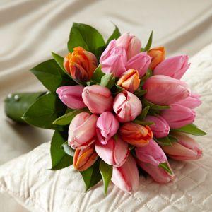 The FTD® Embraceable™ Bouquet http://www.dillenbecks.com/product/the-ftd-embraceable-bouquet/display